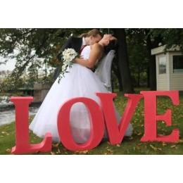 Объемные буквы Love из пенопласта большие